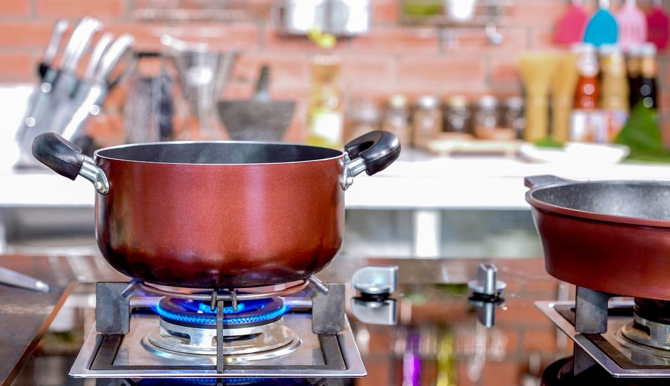 What Type Of Cookware Is Best For Gas Stoves