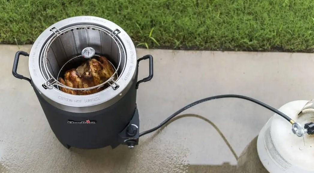 How to Clean Oil Less Turkey Fryer?